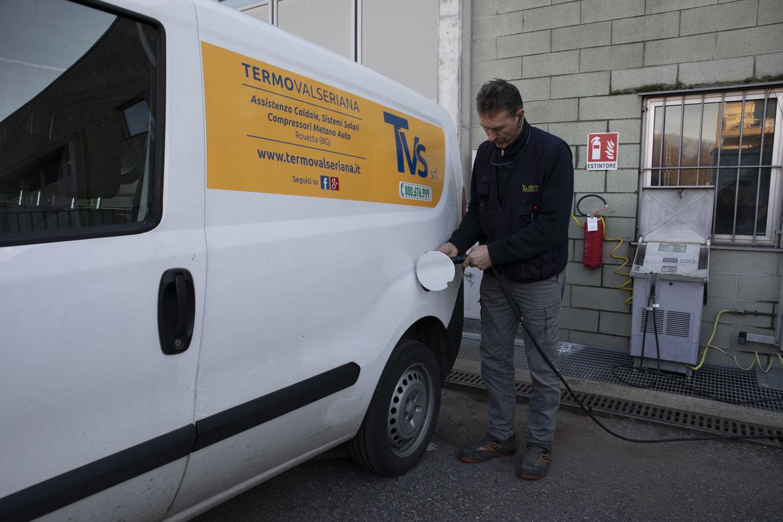Vantaggi compressori metano per auto il pieno di metano si fa in casa - Costo metano casa ...